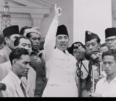 https://belanegarari.files.wordpress.com/2009/06/ac549-bung-karno1.jpg?w=550&h=483